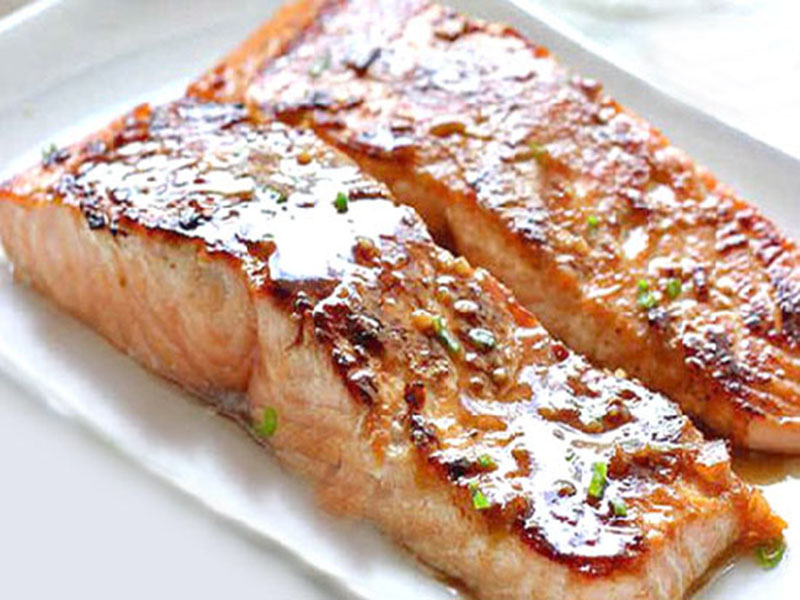 Oven-Broiled salmon fillet